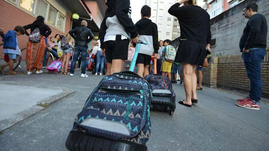 Condenados unos padres que permitieron que su hijo faltase más de  3.500 veces a clases