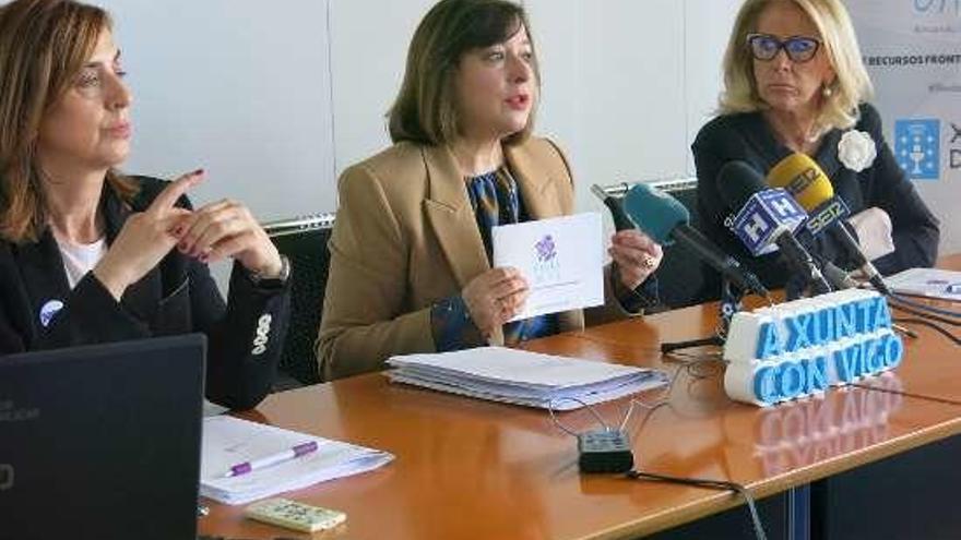 La Xunta presenta a colectivos y profesionales una guía de recursos frente a la violencia machista