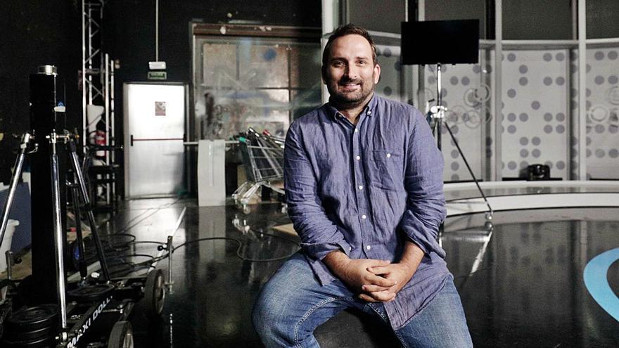 Marcos Cabotá, un cineasta que reflexiona sobre religión y ciencia
