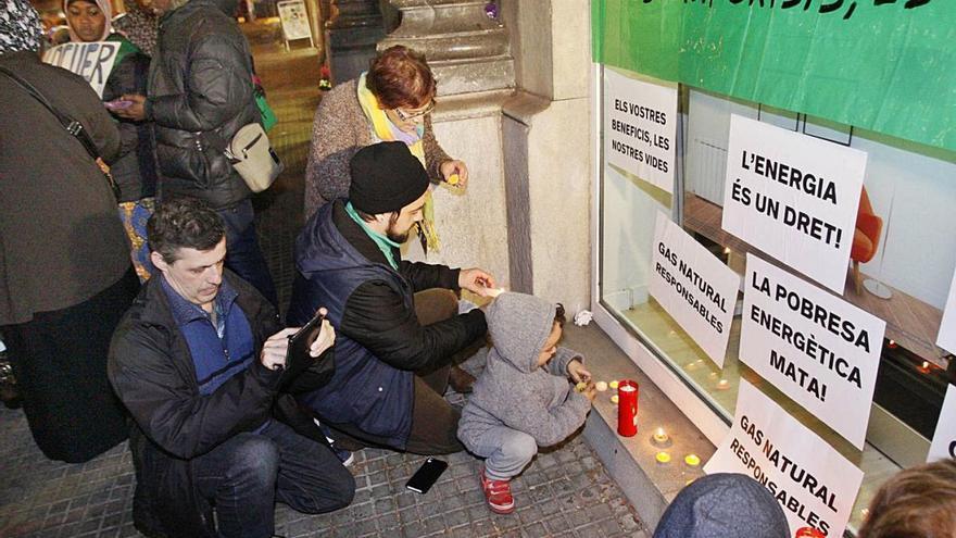 Acord històric per acabar amb la pobresa energètica a Catalunya