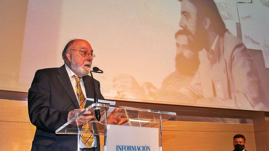 Antonio García Miralles: «Hay que revalorizar la Constitución, porque da para muchos más acuerdos»