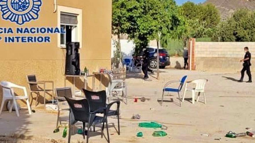 Multas de hasta 600.000 € para cuatro personas por fiestas ilegales en Alicante
