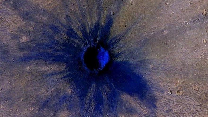 El último cráter de Marte: un gran meteoro impactó en 2005