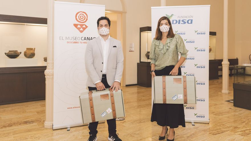 Una maleta didáctica llevará El Museo Canario por los colegios de la Isla
