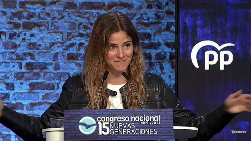 """Bea Fanjul, de origen asturiano, líder de Nuevas Generaciones: """"Soy de aprender lecciones, no de darlas"""""""