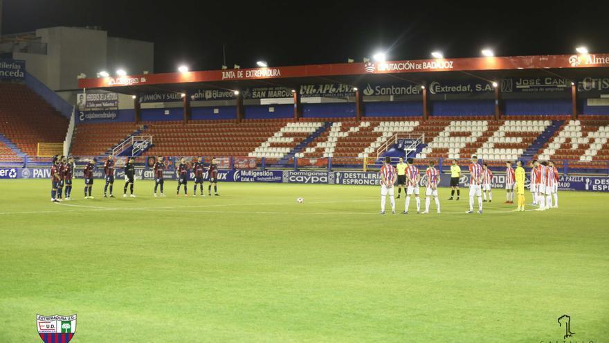 El Zamora CF, sin complejos ante el Badajoz en el play-off a Segunda A