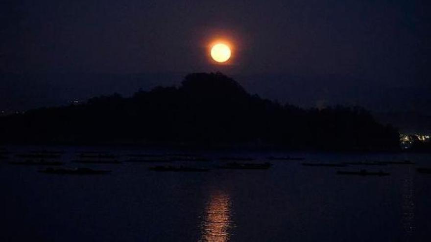 Luna de Nieve: el espectáculo nocturno que desafía al día