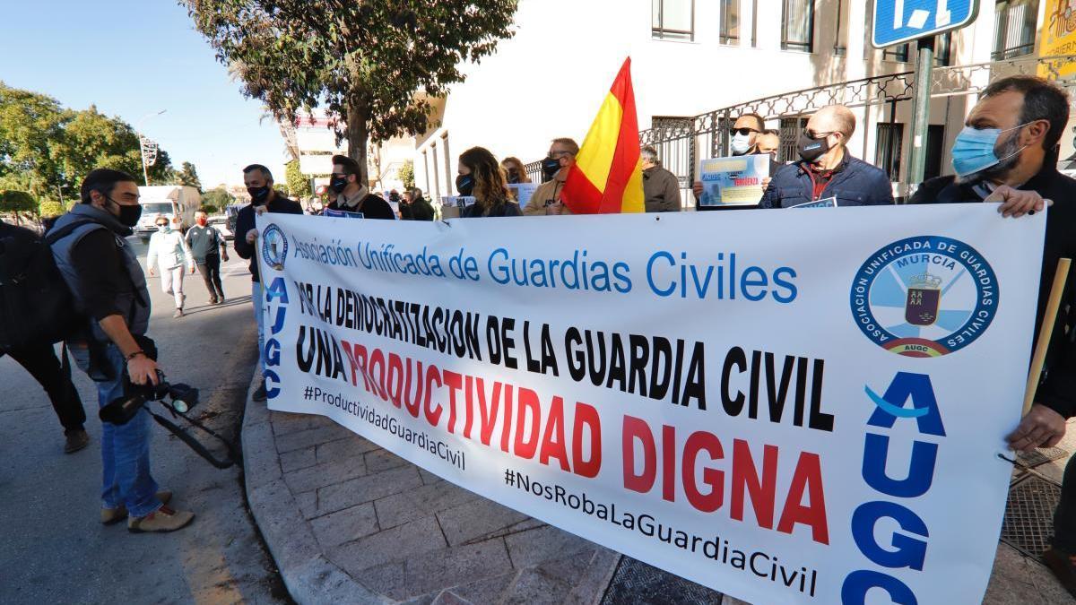 La AUGC protesta en Murcia contra el reparto de la productividad