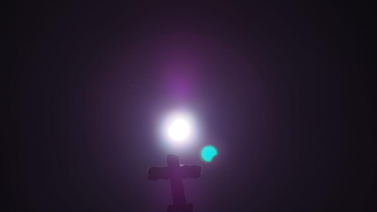 eclipse_jose_valdivia_ Cuntis7.jpeg