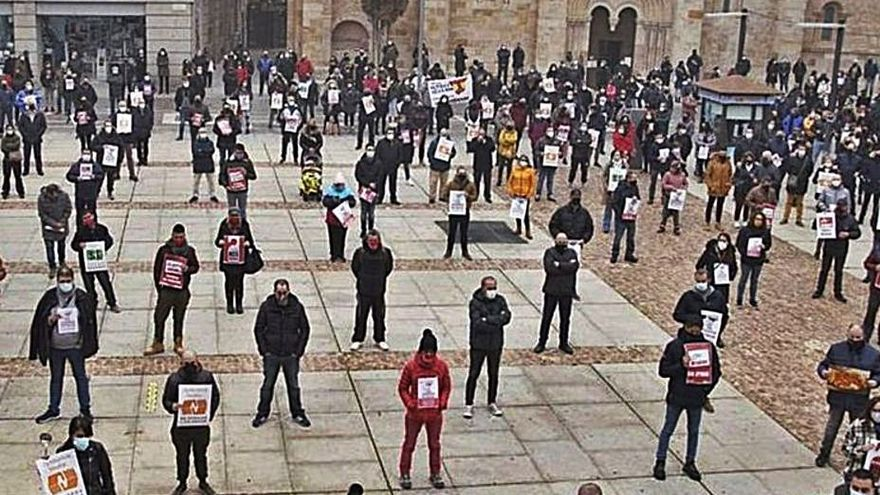 Azehos anima a los hosteleros de Zamora a denunciar por las pérdidas del COVID