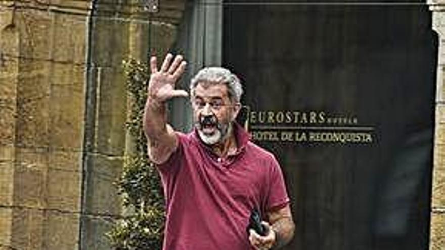 El actor Mel Gibson, de vacaciones por Asturias