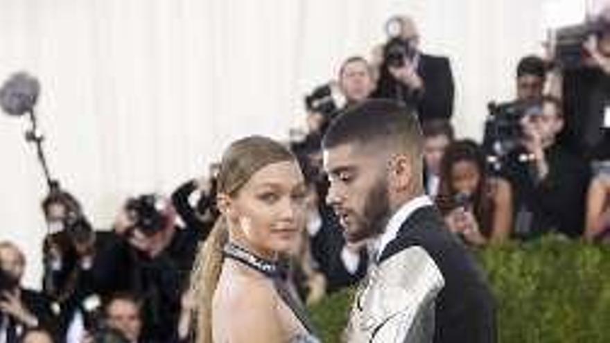 La supermodelo Gigi Hadid y el cantante Zayn Malik esperan su primer hijo