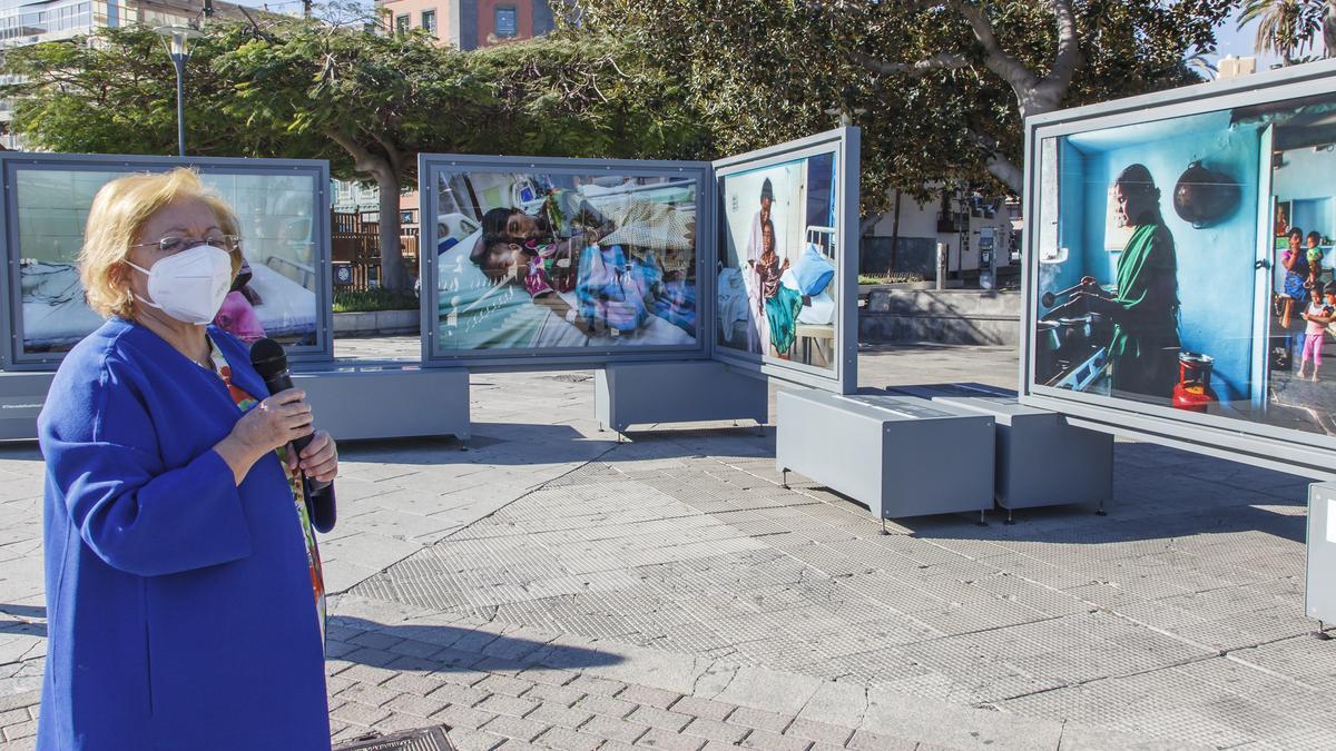 """The """"la Caixa"""" Foundation and the CajaCanarias Foundation present Land of Dreams by Cristina García Rodero"""