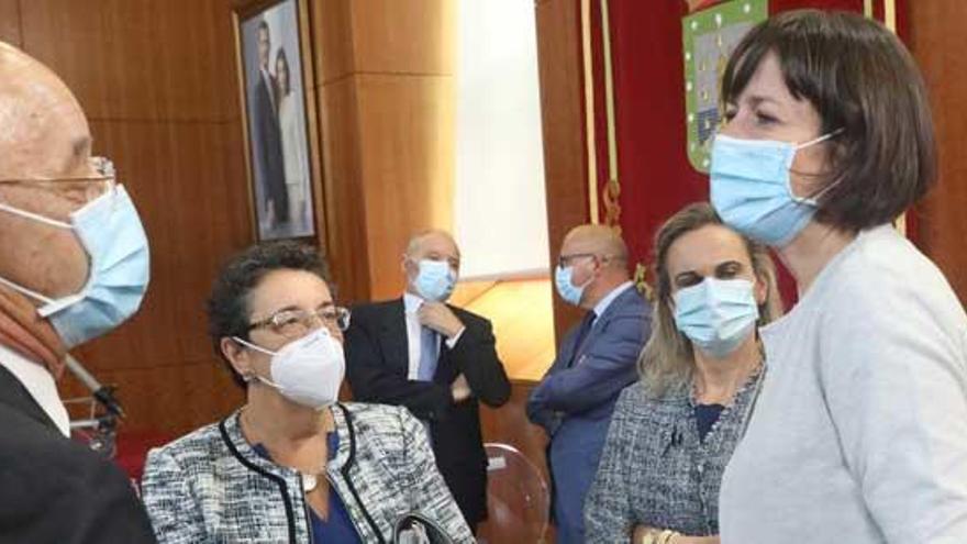 """Pontón pide a Feijóo """"altura de miras"""" e que os seus 42 deputados """"non lle impidan ver os problemas dos galegos"""""""