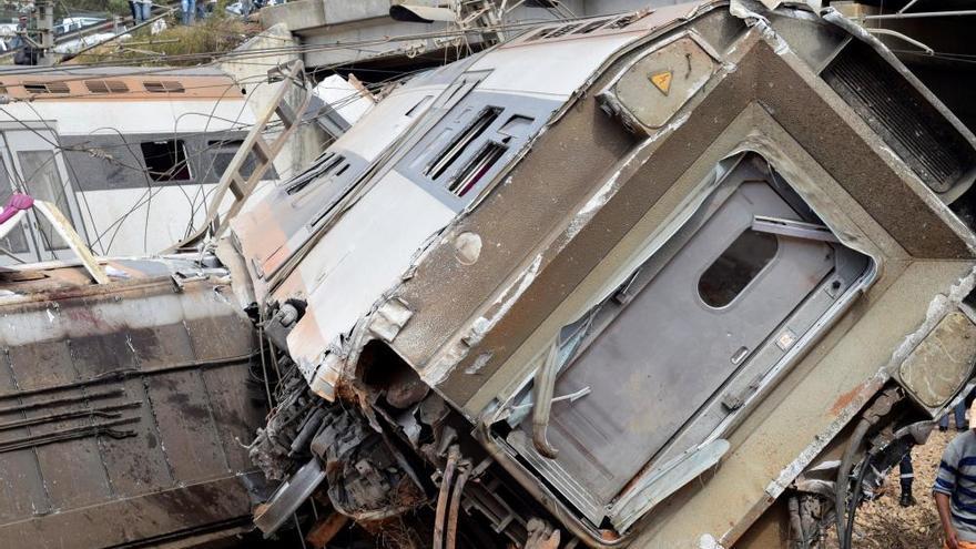 Un tren descarrila y deja al menos siete muertos y 86 heridos en Marruecos