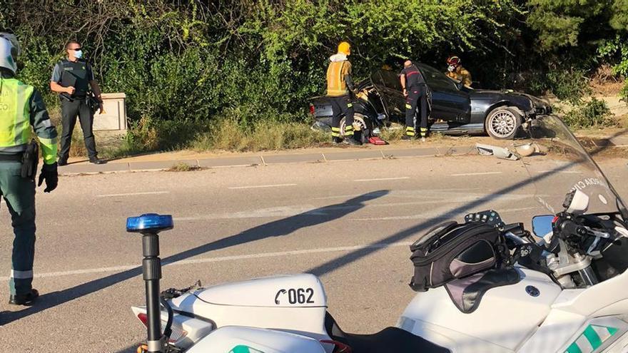 Herida muy grave una joven en un accidente de coche en Redován