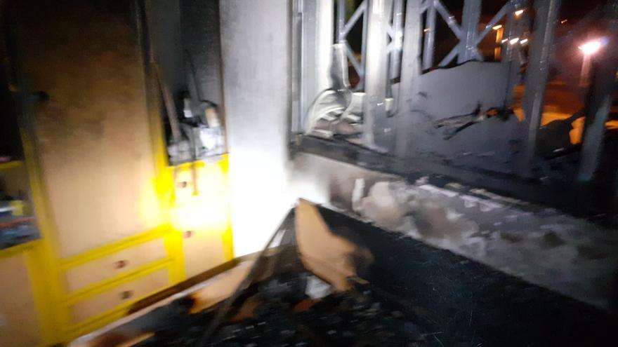 Seis afectados por un incendio en una vivienda en Casablanca III