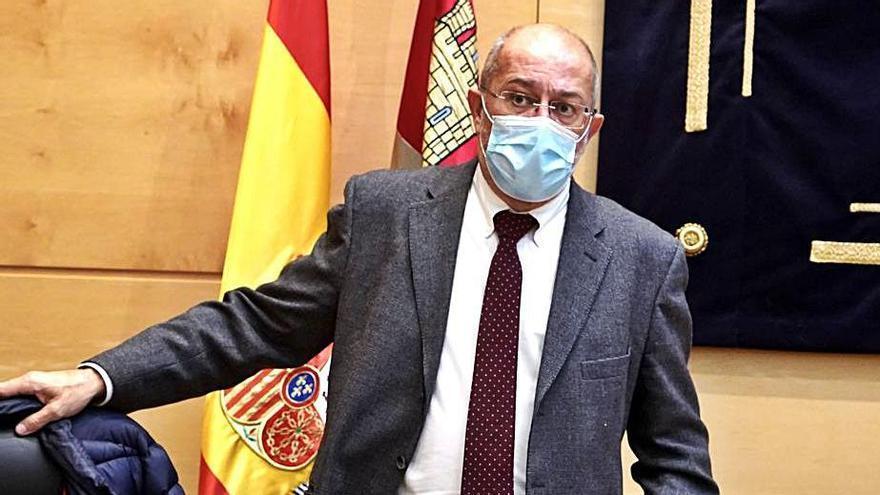 El consejero de Transparencia, Ordenación del Territorio, Francisco Igea, comparece ante la Comisión de Economía y Hacienda. | Ical