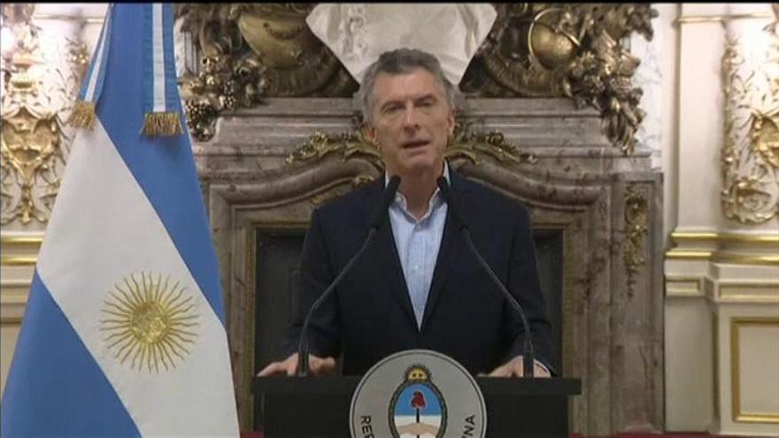 El miedo a un nuevo 'corralito' sacude Argentina