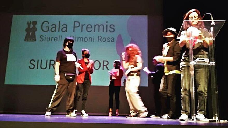 Ben Amics celebra su gala de premios reconociendo a Los Oficios Terrestres