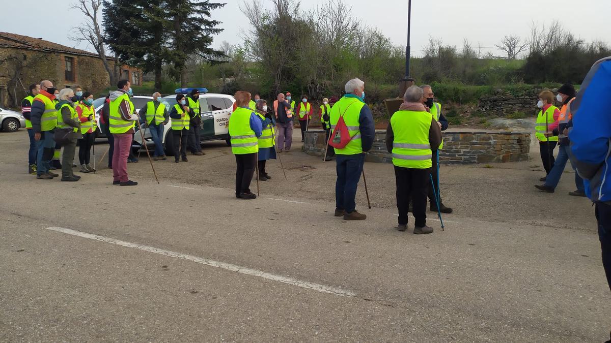 Voluntarios, en una anterior jornada de búsqueda