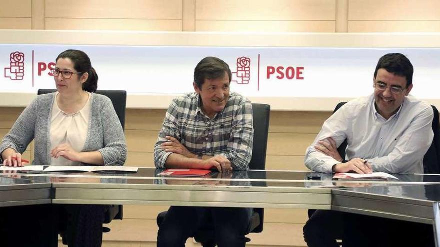 Última reunión de la gestora del PSOE, que no dará cuentas en el congreso