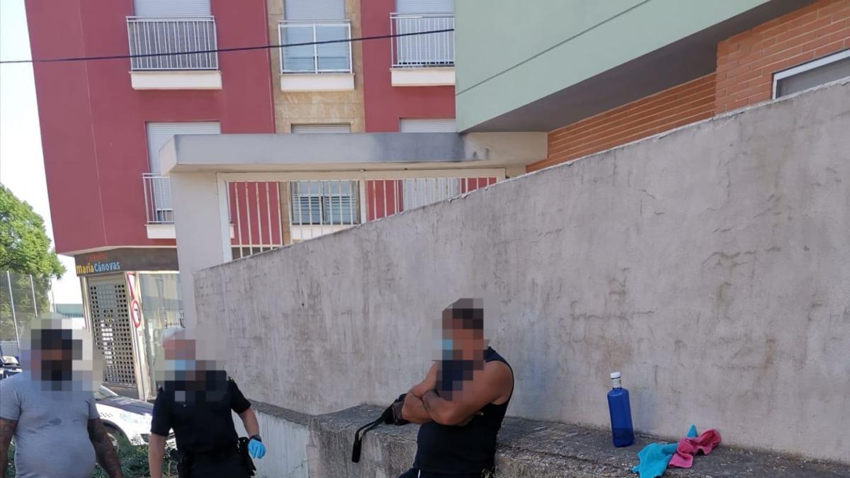 Simulan ser guardias civiles para robar a vecinos en Alhama de Murcia