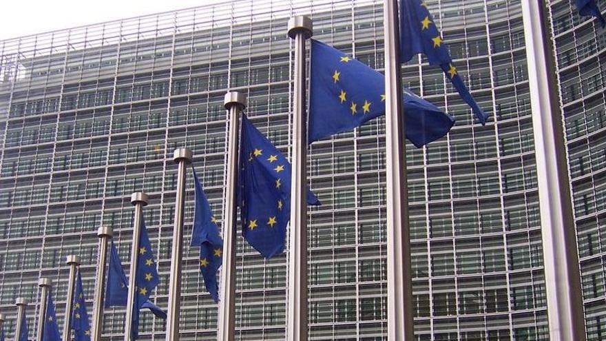 Bruselas permite a Canarias emplear 245 millones del Feder contra el coronavirus