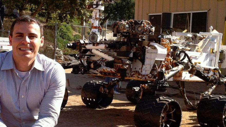 """Un ingeniero español supervisó el """"aterrizaje"""" del robot de la NASA en Marte"""