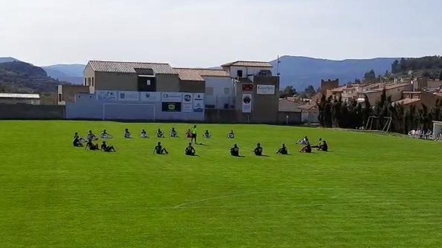 Protestas del fútbol más modesto por la prohibición de la entrada de público en Castellón