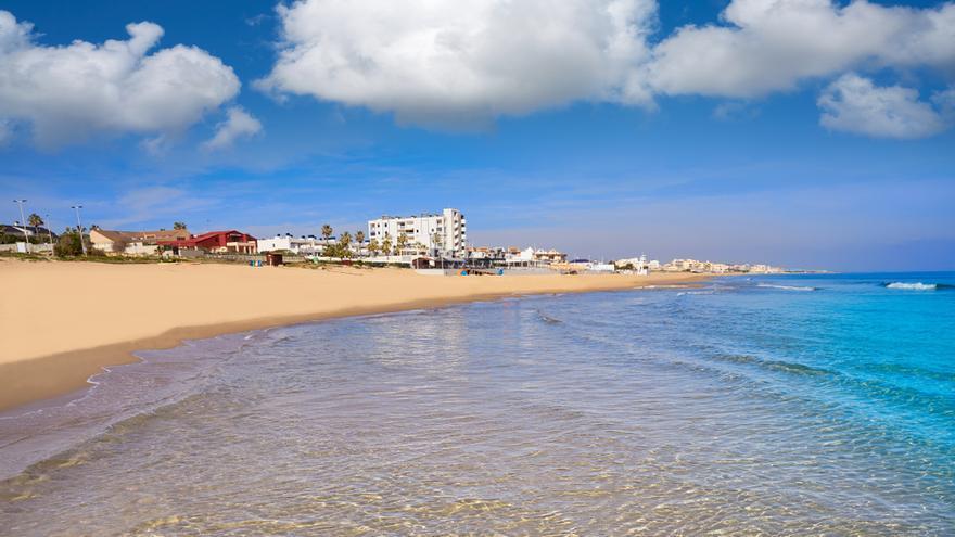 Fallece un hombre de 62 años ahogado en una playa de Torrevieja