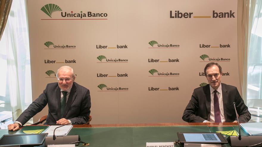 Unicaja Banco y Liberbank dicen que sus resultados de 2020 mejoran el escenario de la fusión