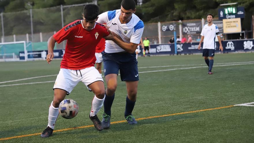 El Real Murcia vence en su primer encuentro de pretemporada