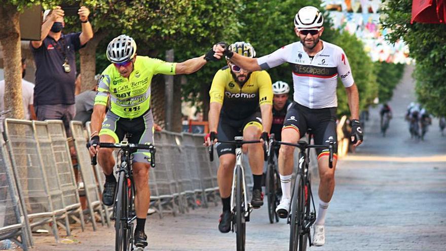 Abdón Vich conquista el 'Circuit Ciclista Sant Salvador'
