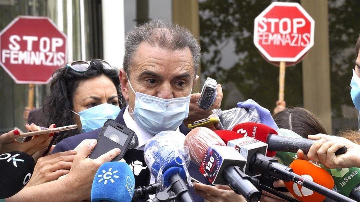 """Franco, tras su reprobación: """"No tiene sentido"""" que le imputen responsabilidades"""