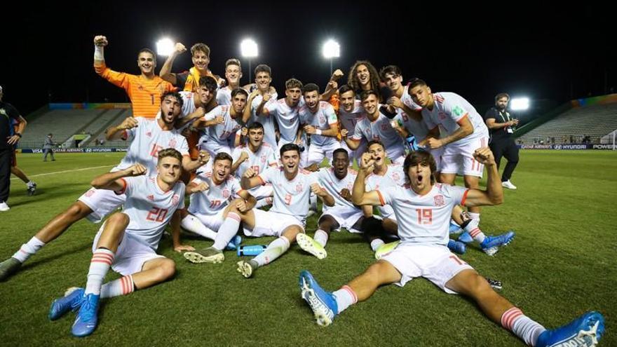 España se impone a Senegal y espera a Francia o Australia en cuartos