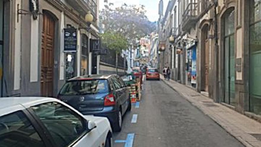 110.000 € Venta de local en Triana (Las Palmas G. Canaria) 20 m2, 1 baño, 5.500 €/m2...