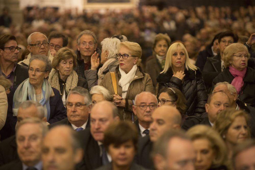 La Catedral de Valencia se llena para despedir a Rita Barberá.