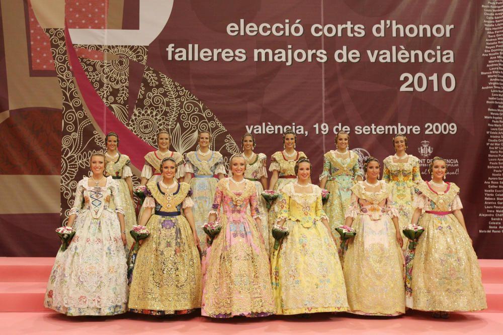 Corte 2010. Pilar Giménez está en la fila trasera, segunda por la derecha. La primera por la derecha es Carla Sanchis, ahora jurado de la corte mayor de 2017.