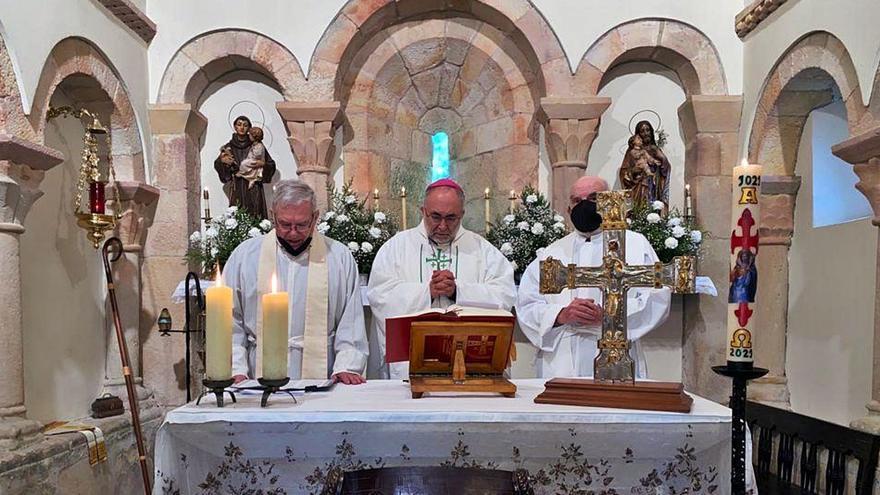 La iglesia de Fuentes cumple mil años