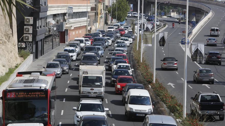 """""""Coches zombies"""": más de 258.000 vehículos circulan sin seguro en la Comunidad"""