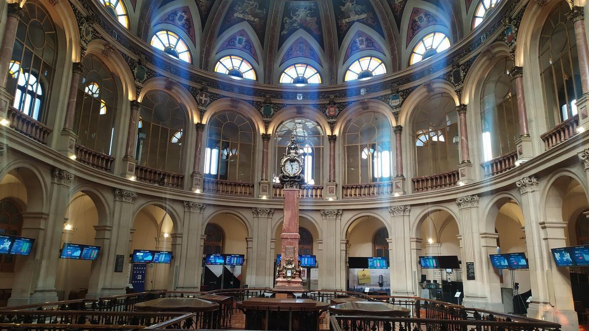 Interior del Palacio de la Bolsa de Madrid.