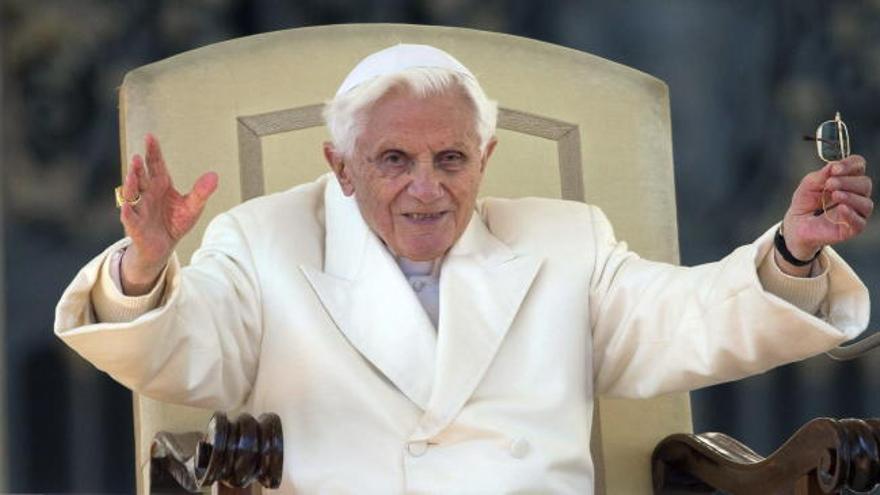 Un herpes amenaza la frágil salud del Papa emérito Benedicto XVI