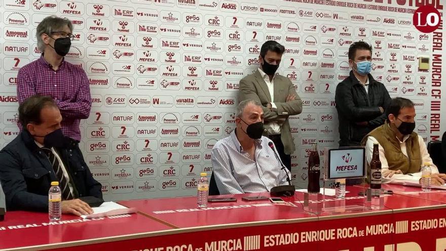 El Real Murcia cumplirá la resolución y espera que Mauricio mueva ficha
