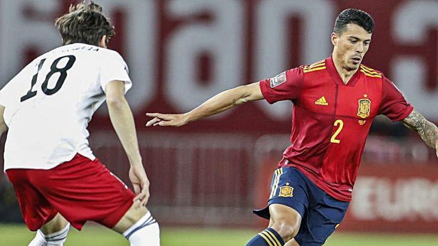 Espanya venç Geòrgia a l'últim minut en el debut de Pedro Porro