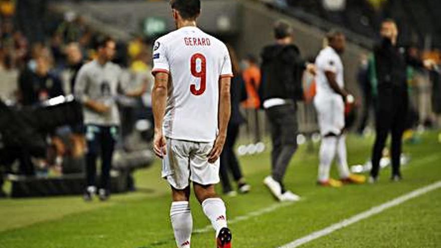 Gerard Moreno deixa la concentració per lesió
