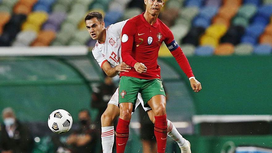 Espanya empata amb Portugal sense gols en un partit vibrant