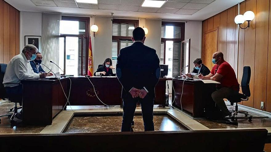 Condenado un conductor ebrio que chocó con un coche de la Policía de Palma