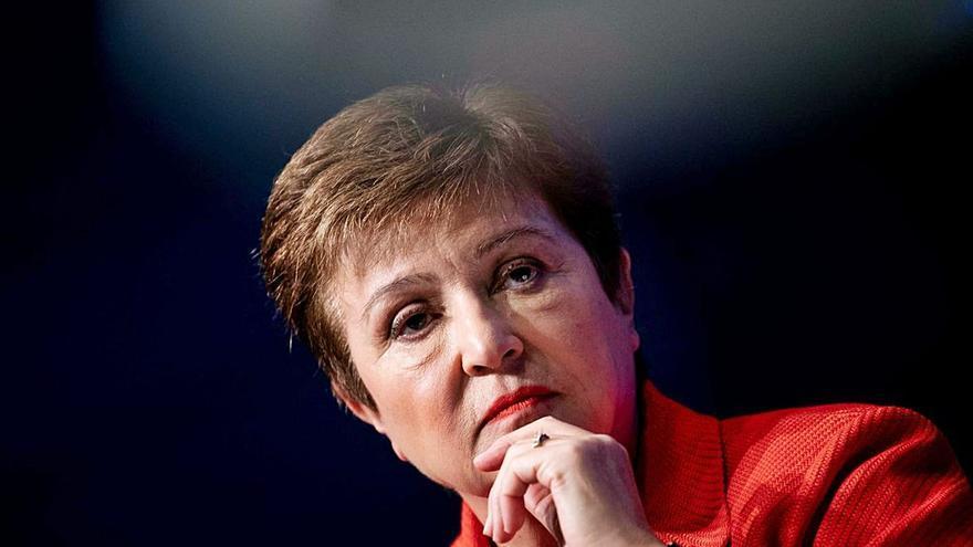El FMI insta al Gobierno a retrasar la subida del IVA y el diésel hasta la recuperación
