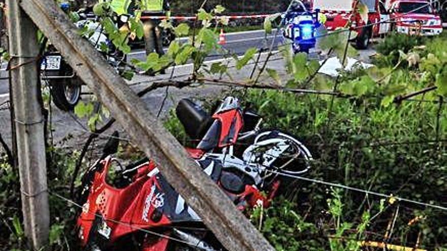 Un motorista da positivo tras un accidente en el que murió su novia en Catoira